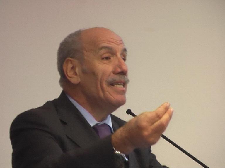 Sindaco di Solofra Antonio Guarino SESTO RAPPORTO SOCIO AMBIENTALE DELLA CONCERIA ITALIANA - guarinounic